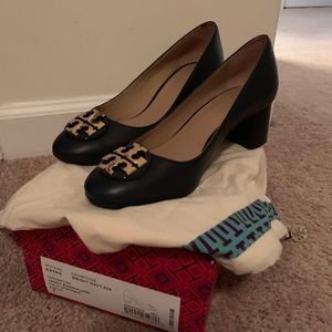 WORN ONCE: Tory Burch Navy leather heels. Size 7!